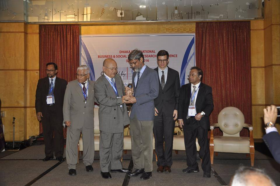 Professor Dr. M. Rezwan Khan Has Received Education Excellence Award
