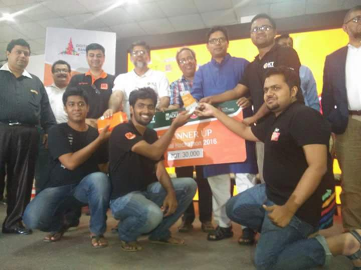 uiu-champion-national-hackathon-2016-42